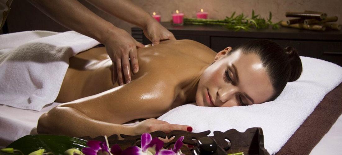 porno-skritaya-videokamera-v-massazh-salone